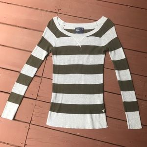 American Eagle Outfitters Long Sleeve Sweater